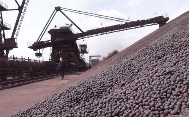 Giá quặng sắt, thép tiếp tục giảm, triển vọng vẫn ổn định
